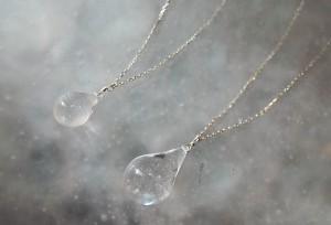 Drop-Stone-Neck-Silver