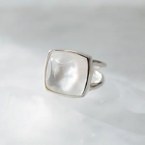 Yuragi-Ring-White